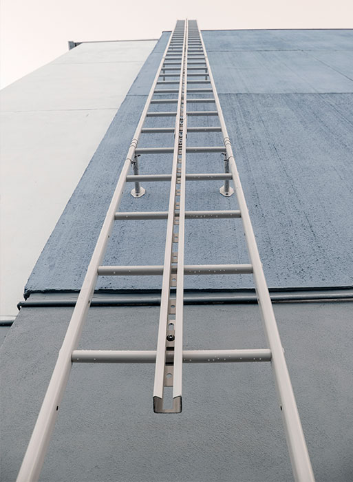 вертикальный рельс безопасности